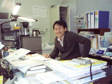 ロボティクス学科 鈴木 亮一 准教授
