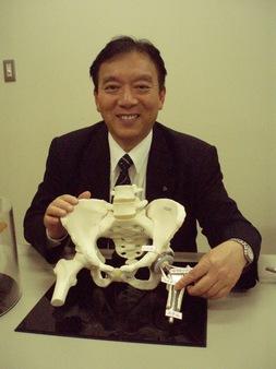 機械工学科 新谷 一博 教授