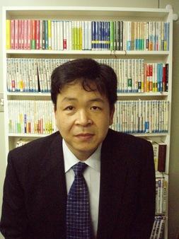 応用化学科 露本 伊佐男(ツユモト イサオ)准教授