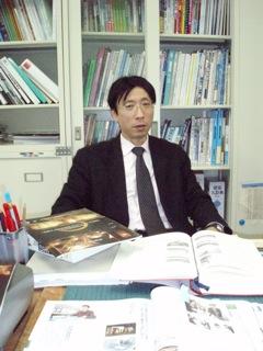 建築デザイン学科 川崎 寧史(カワサキ・ヤスシ)准教授