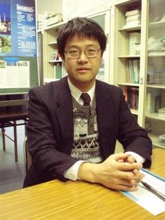 応用化学科 土佐 光司(とさ こうじ) 教授