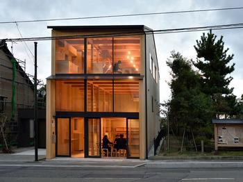 設計にはいろいろ苦労したという金沢市内の自宅