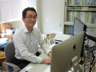 「実験は今でも好きだ」と話す斉藤先生